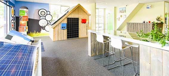 Zonnepanelen-Showroom-MetDeZon-Mob
